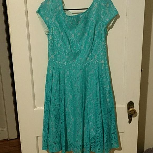 Danny & Nicole Dresses & Skirts - Teal Lace Dress